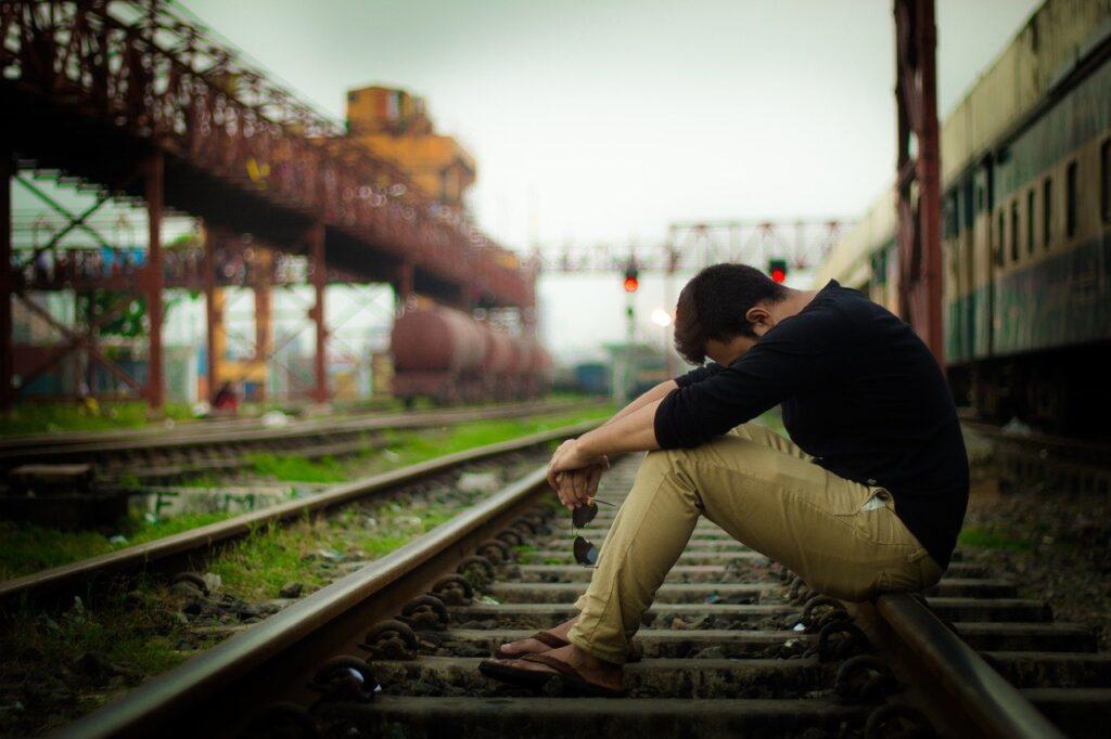 train, sad, lonely-4165566.jpg